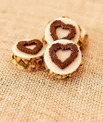 hostea coração pistache